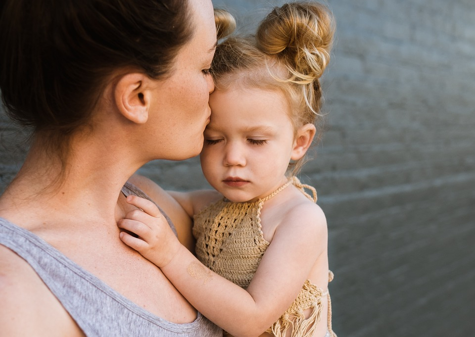 A Love Letter To the Working Mum On the Bus